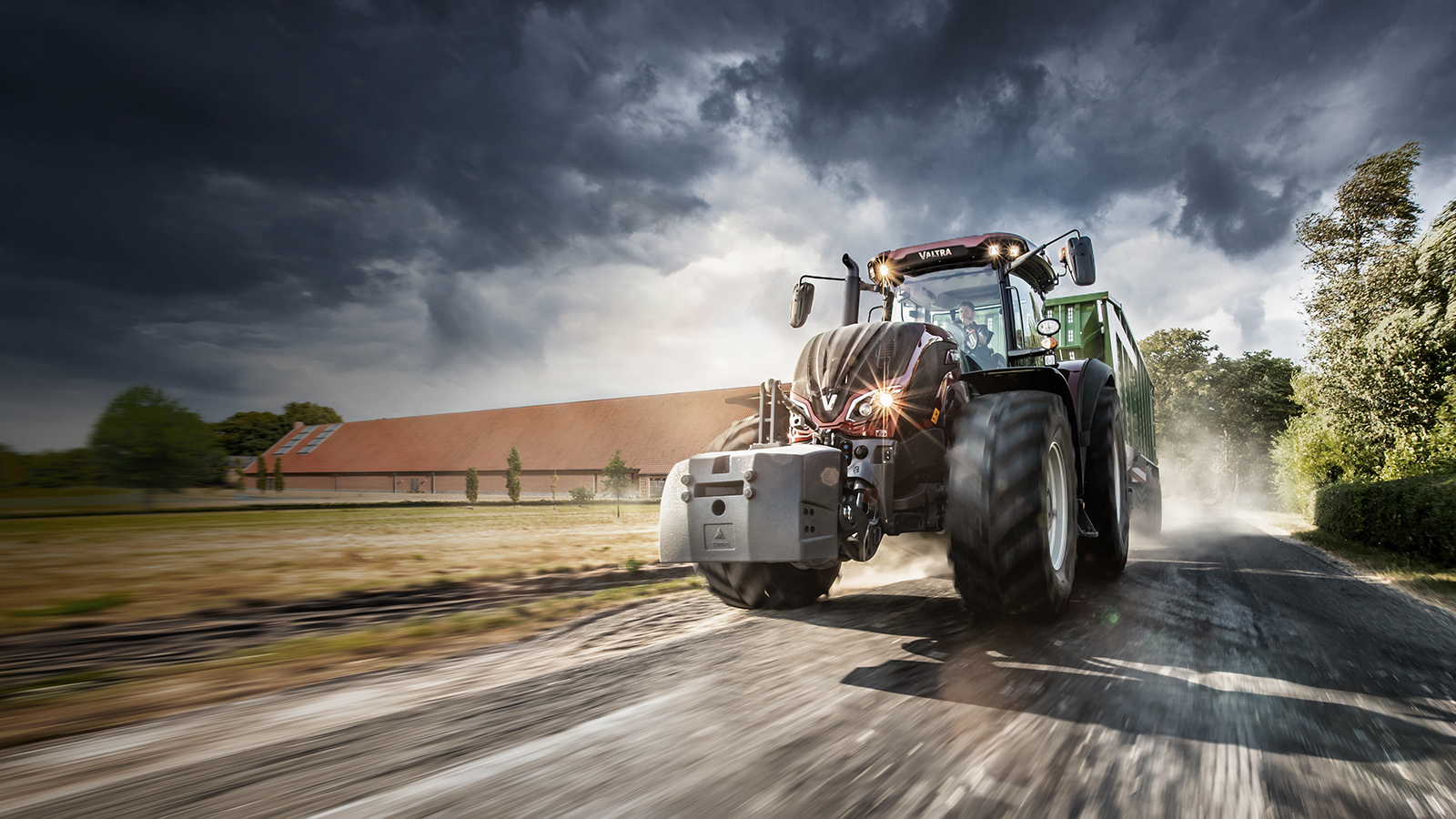 valtra t4 series wite on the field working